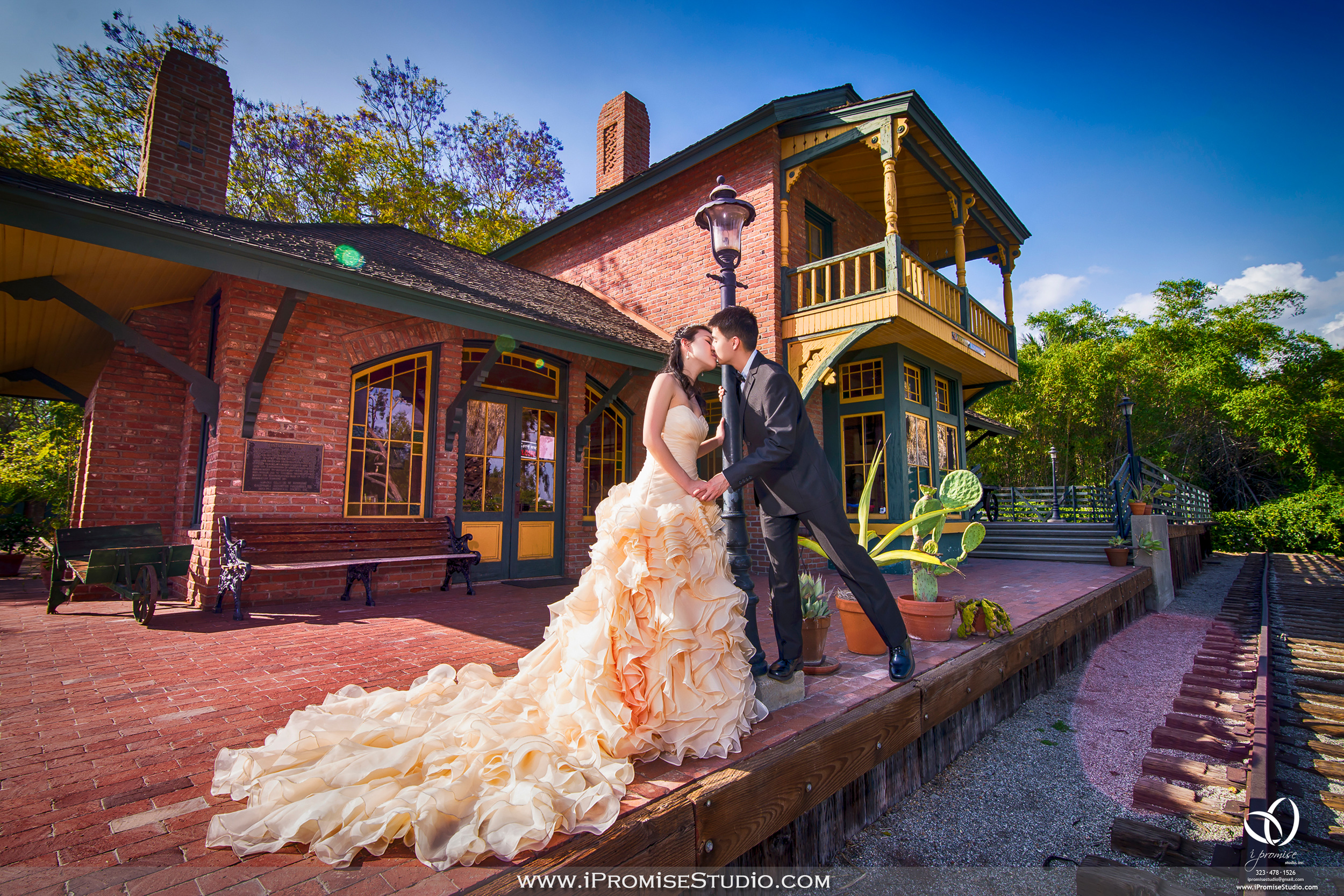 Arcadia Los Angeles County Arboretum and Botanic Garden Railway-engagement wedding 14.JPG