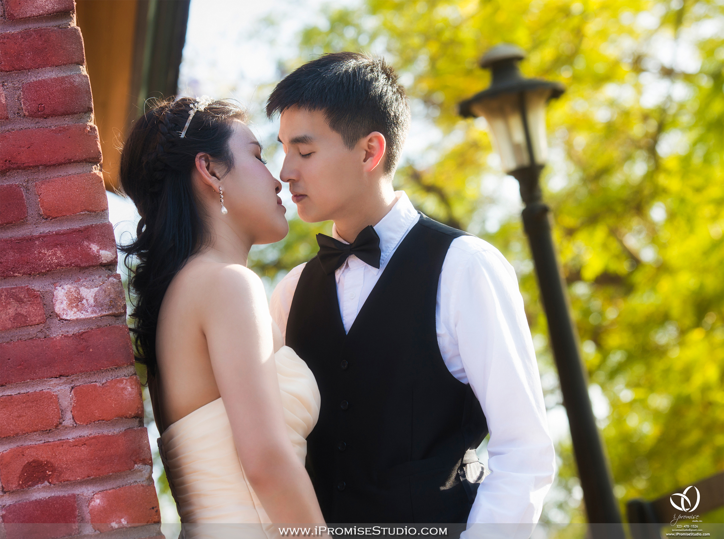 Arcadia Los Angeles County Arboretum and Botanic Rose Garden Railway-engagement wedding 12.JPG