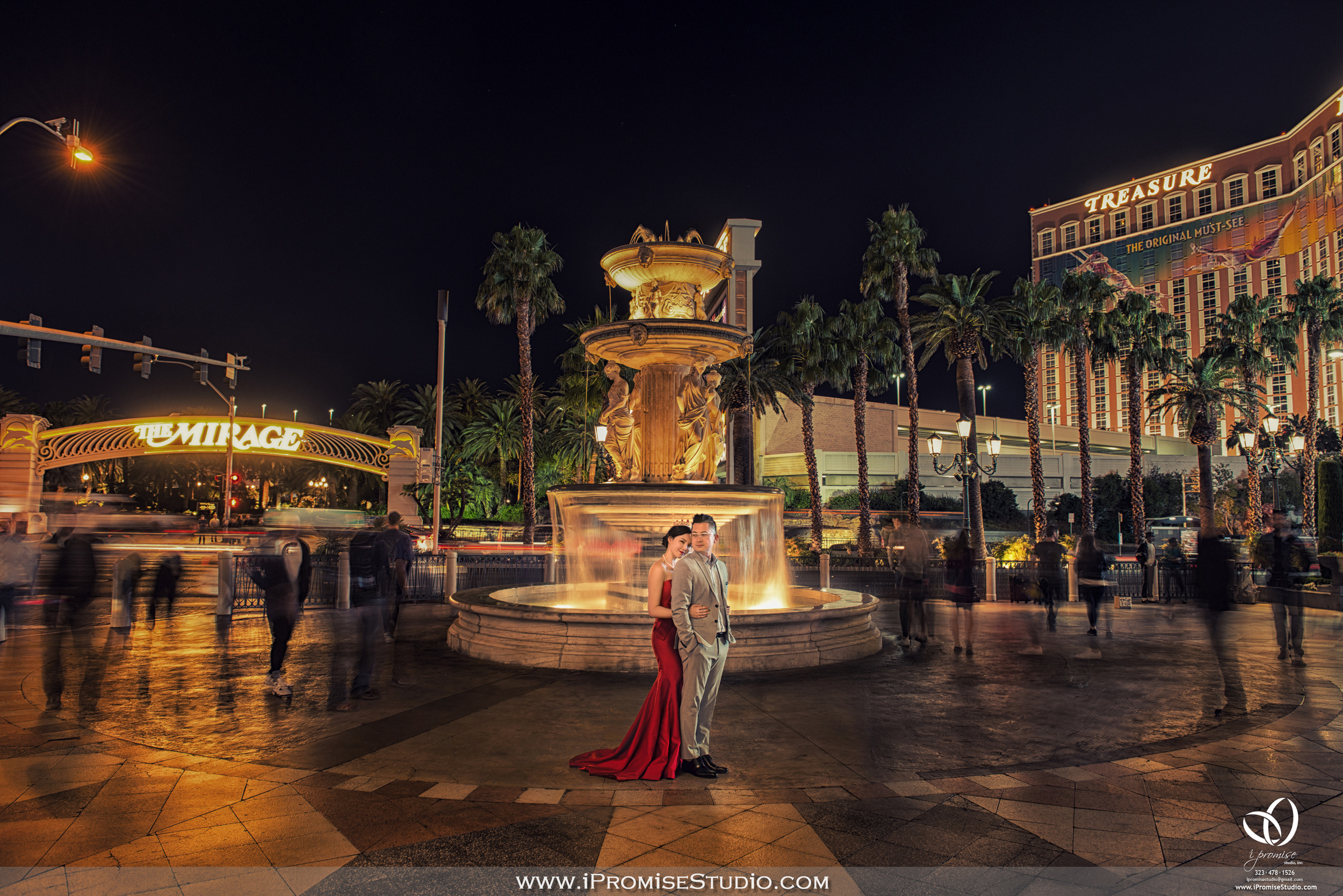 Las Vegas Blvd Treasure Island night view-engagement wedding 02.JPG