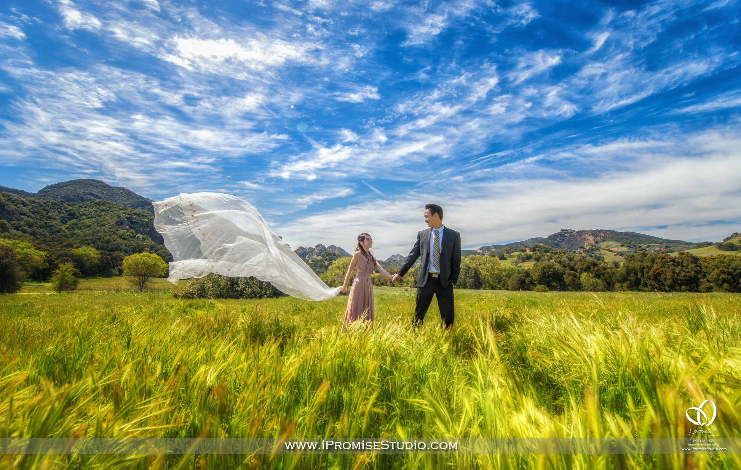 Malibu National Park Canyon Grassland Jungle Forest - Engagement Wedding 02.JPG